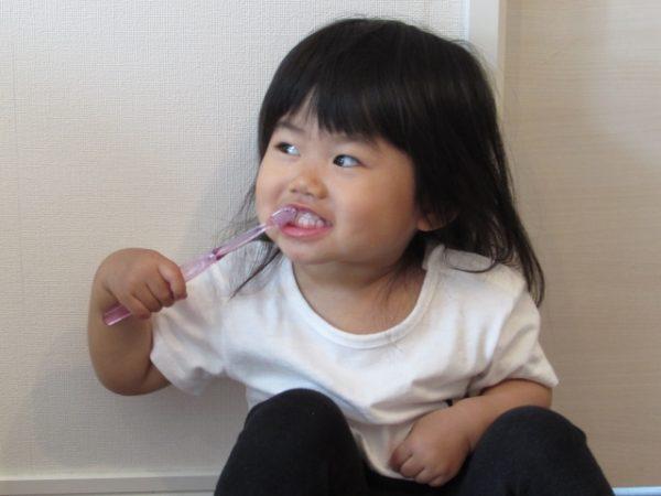 食後歯磨きの時間 タイミングはいつ?何分後がベストか解決!